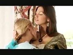 Сексуальные расавицы Ждудит и Джульет просто созданы друг для друга