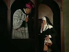 Что происходит в монастыре