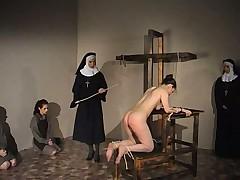 Порно наказание монашки онлайн