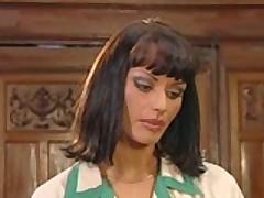 Сексапильная порно звезда Анита Блонд соблазнила своего босса