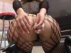 Соня из Мадрида и ее попка предпочитают жеский анальный секс