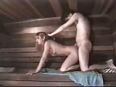 Выебал молодуху в бане