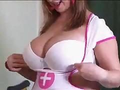 Сисястая медсестра