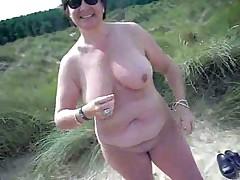 Голая дама
