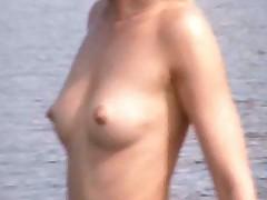 Наши девушки на пляже