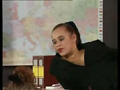 Учительница секса и молодая пара