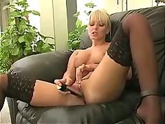 мастурбация вибратором