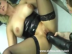 Порно с вибраторами