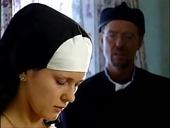Монашка отсосала у прихожанина