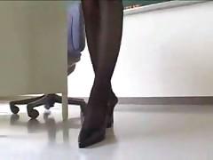 Голые под юбкой