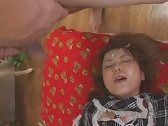 Японская студентка была облита спермой