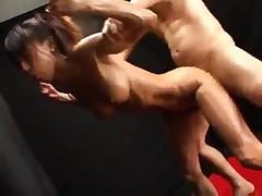 Takase Midori - japonskaja muskulistaja seksmashina