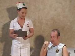 Тугие дырки красивых медсестер