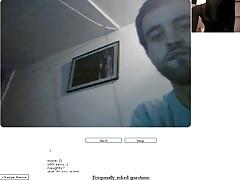 Пара готов трахается перед вебкамерой