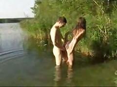 Сочное русское любительское видео на природе