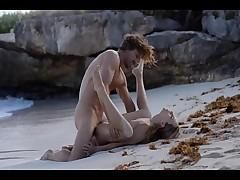 Трах на пустом нудистском пляже