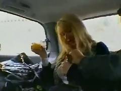 Отличный секс в автомобиле