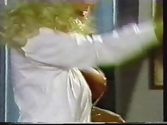 Эрик Эдвардс трахает медсестру с большими сиськами