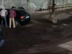Публичный секс в машине