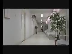 Doktor lechit chlenom svoju pacientom