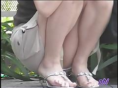 Подглядывание за азиатскими девушками