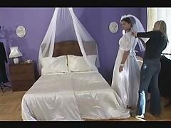 Невеста получит в дырки сразу