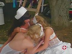 Медсестры лесбиянки