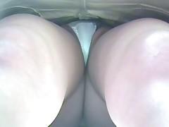 Seks mashiny dlja devochek v jubkah