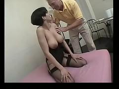Selin Bara ljubit anal'nyj seks