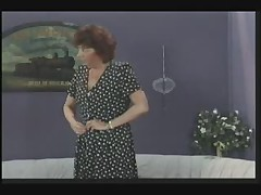Nemeckaja starushka trahaetsja