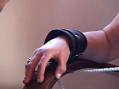 Starushka razvlekajutsja BDSM igrami