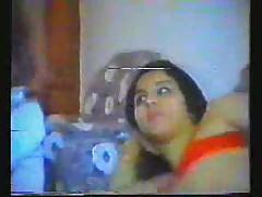 Арабская женщина в порно ролике