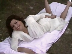 Grudastaja Sabrina v ljubitel'skom video