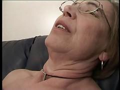 Babushka ljubit spermu