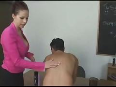 Massazh i zhenskoe dominirovanie