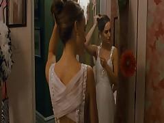 Brjunetka Natali v jeroticheskoj scene