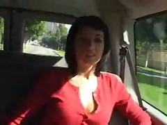 Рилей Майсон в машине