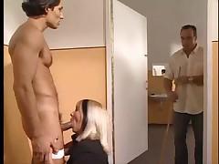 Жестко оттраханы в анал и вагину