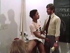Уроки секса в пансионе для благородных девиц