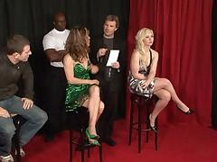 Moloden'kaja francuzskaja blondinka pornozvezda