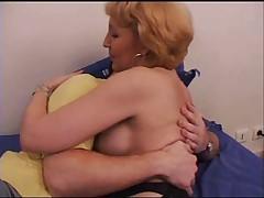 Anal'nyj seks vtroem s francuzhenkoj