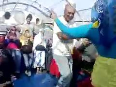Танцы арабских шлюх