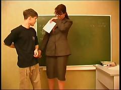 Училка соблазнила студента