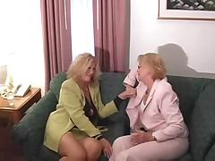 Gorjachij seks vtroem so starushkoj