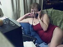 Seksual'naja starushka v ochkah