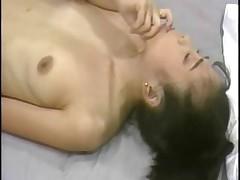 Азиатский массаж с молоденькой