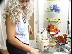 Starushka ottrahala dostavwika piccy