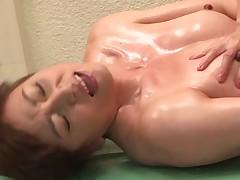 Japonskij lesbijskij massazh
