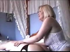 Две бабушки в эротическом белье