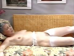 Staruhi v vintazhnom porno